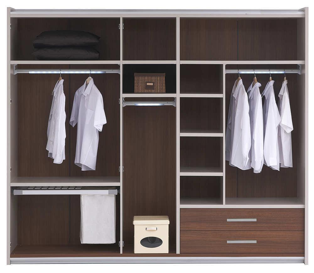 Un traslado de domicilio es el momento ideal para organizar el armario