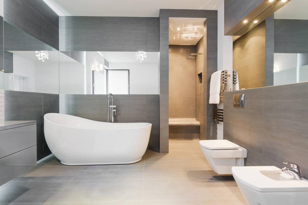 Un mismo baño, una decoración diferente