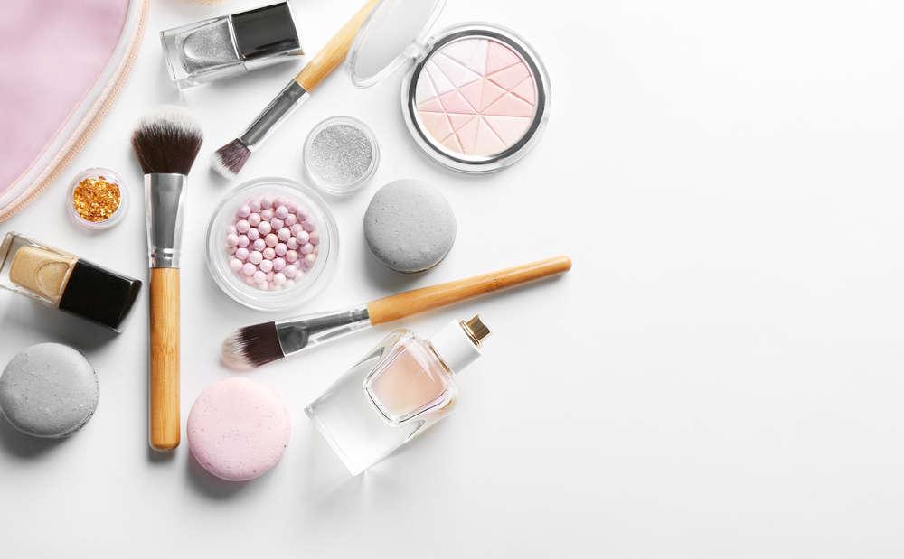 Aprende a cuidarte. Estos son los cosméticos más vendidos en las farmacias