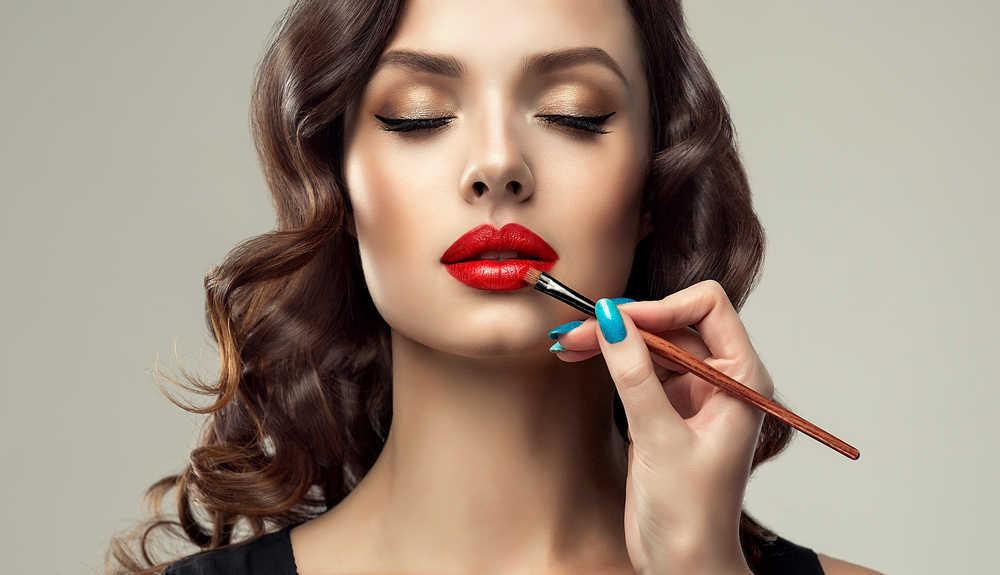 Mitos y verdades sobre el maquillaje aclarados por los expertos